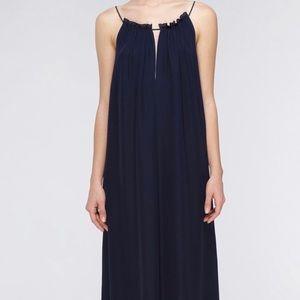 VINCE. Navy Silk Maxi Size Medium